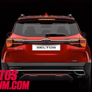 Kia Seltos Intense Red 1